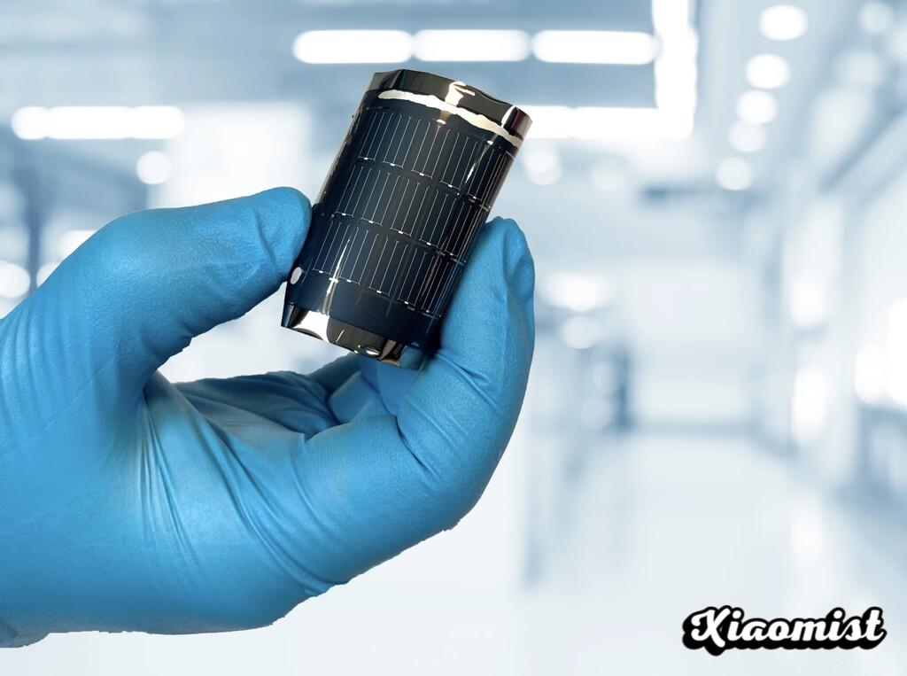 These researchers have set a new efficiency record in (the promising multi-purpose) flexible solar cells