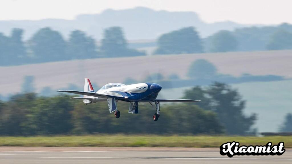 This is how Spirit of Innovation flies, Rolls-Royce's fully electric plane with a 400 kW engine