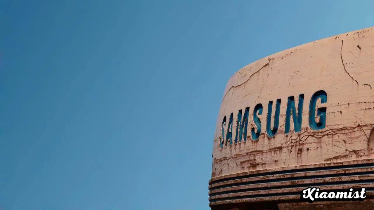 {Disarmed} Samsung donated more RAM to the first smartphone