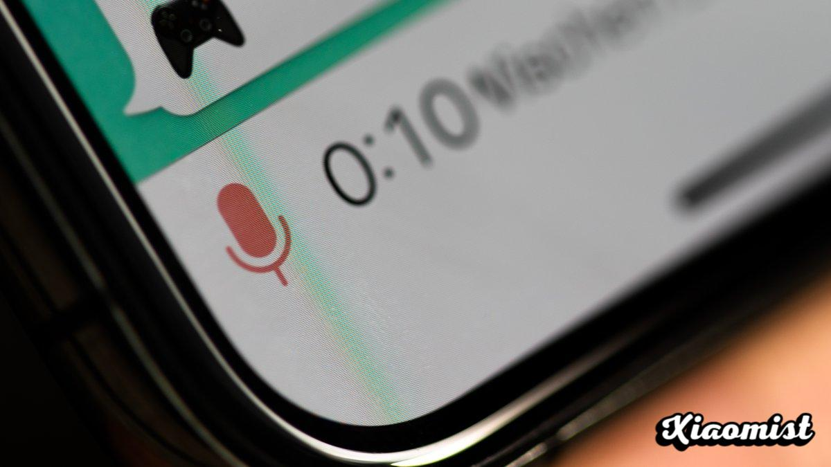WhatsApp takes a break from voice messages